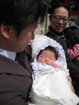 新生児ベビーとベビーアフガン おくるみ